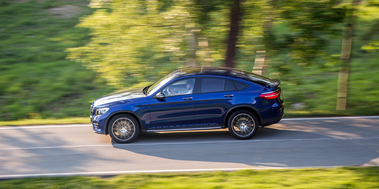 mercedes-benz-glc-coupe-2017-18
