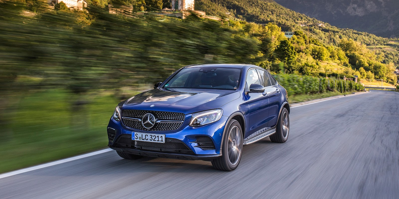 mercedes-benz-glc-coupe-2017-9